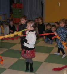 Les Petits entrent dans la danse